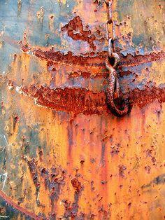 patina, rust and peeling paint, beautiful decay. Texture Metal, Texture Art, Foto Macro, Rust Never Sleeps, Rust Paint, Rust In Peace, Rusted Metal, Peeling Paint, Art Abstrait