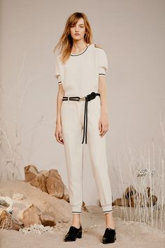 Zoë Jordan Spring 2016 Ready-to-Wear Collection Photos - Vogue  http://www.vogue.com/fashion-shows/spring-2016-ready-to-wear/zoe-jordan/slideshow/collection#7