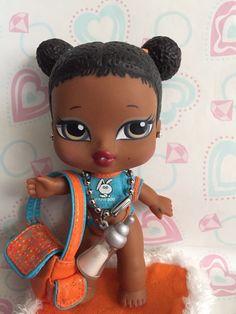 Bratz Doll Babyz Sasha Blanket Earrings Purse  Original Clothes Beautiful~