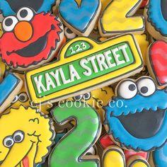 2nd Birthday, Birthday Parties, Happy Birthday, Cookie Decorating, Decorating Ideas, Muffins, Sesame Street Cookies, Sesame Street Birthday, Elmo