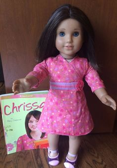 American Girl Doll of the Year 2009 CHRISSA MAXWELL-RETIRED Original Outfit Book #DollswithClothingAccessories