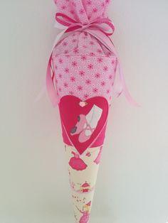 Schultüte aus Stoff - Ballerina Prinzessin von Zweigstelle Stadtatelier Eisvogel auf DaWanda.com