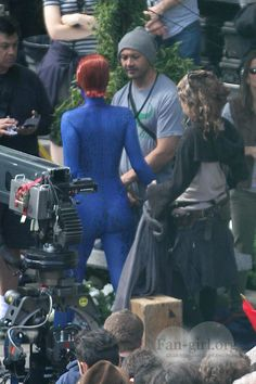 Mystique jennifer lawrence xmen days of future past    Men: Days Of Future Past On Set, New Pics Of Jennifer Lawrence As ...