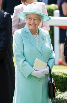 Queen Elizabeth looked cheery in head-to-toe aqua for the Royal Ascot. Two Princess, Princess Beatrice, Princess Eugenie, Prince And Princess, Hm The Queen, Her Majesty The Queen, Save The Queen, Queen Hat, Royal Dresses