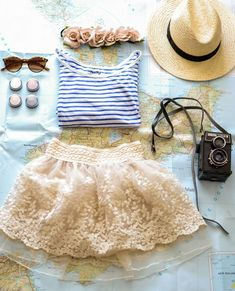 Lace skirt and tee summer outfit..