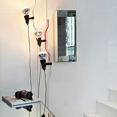 Parentesi: Scopri la lampada a sospensione Flos modello Parentesi