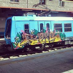 #graffiti #train #station