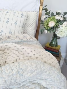 Organic Cotton Hand Block Printed Eiderdowns/Quilts, Floral and Geometric Patterns Geometric Patterns, Print Patterns, Cot Bumper, Bed Spreads, Bed Sheets, Color Combinations, Blankets, Bedroom Ideas, Organic Cotton
