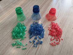 как сделать БИСЕР из ПЛАСТИКОВЫХ БУТЫЛОК !!!! - YouTube Plastic Jugs, Plastic Spoons, Recycle Plastic Bottles, Plastic Recycling, Hobbies To Try, Trash To Treasure, Diy Supplies, Handicraft, Diy For Kids