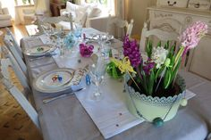 About Easter, Table Settings, Table Decorations, Home Decor, Decoration Home, Room Decor, Place Settings, Home Interior Design, Dinner Table Decorations