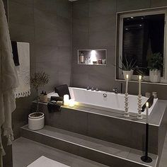 INSPIRATION * Amazing bathroom in the home of @interiorbylindawallgren #sfs #onetofollow