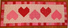 Valentine Table Runner Quilt Patterns | Hearts Galore table runner and placement tutorial by Margie Ullery for ...
