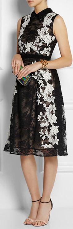 gorgeous floral lace dress http://rstyle.me/n/h54ezr9te
