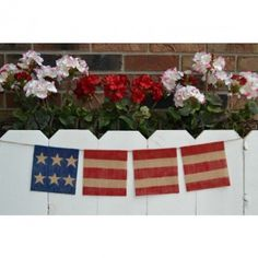 Fourth of July Banner out of burlap.