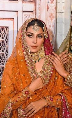 Shadi Dresses, Pakistani Formal Dresses, Pakistani Wedding Outfits, Nikkah Dress, Indian Bridal Outfits, Indian Dresses, Punjabi Wedding, Mehndi Outfit, Desi Wedding Dresses