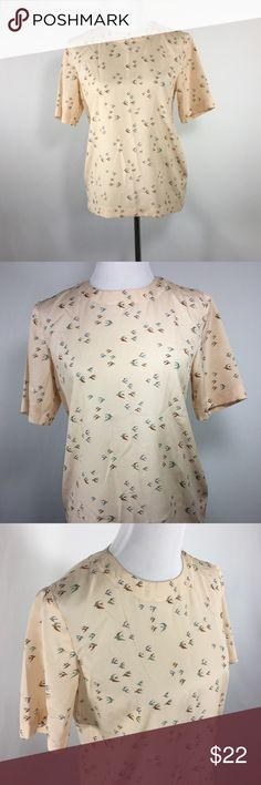 Bird top, M No brand or size bird top. Approx a medium. Perfect with jeans for a casual look or tucked into a skirt for work. Super cute novelty print. Modcloth Tops