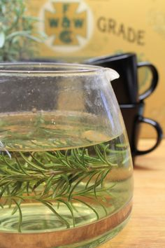 Rosemary Tea (fix headaches and boosts moods) Natural Cures, Natural Healing, Au Natural, Herbal Remedies, Home Remedies, Diet Drinks, Beverages, Rosemary Tea, Healing Herbs