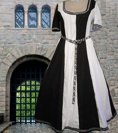 Hey, I found this really awesome Etsy listing at https://www.etsy.com/listing/168593005/medieval-renaissance-sca-garb-linen