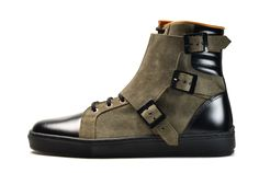Tuskegee Militia Boot - Ateliers Arthur offers a distinctive range of footwear that bridge the gap between sneakers and bench made shoes. Mode Shoes, Men's Shoes, Shoe Boots, Dress Shoes, Shoes Men, Fashion Shoes, Fashion Accessories, Mens Fashion, Latex Fashion