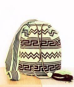 WAYUU MOCHILAS BAGS - DR11 Tapestry Bag, Tapestry Crochet, Crochet Chart, Knit Crochet, Crochet Bags, Wiggly Crochet, Beading Patterns, Crochet Patterns, Mochila Crochet