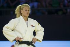 http://www.heysport.biz/index.html When she first attended a UFC event in person seven months ago, America's most…