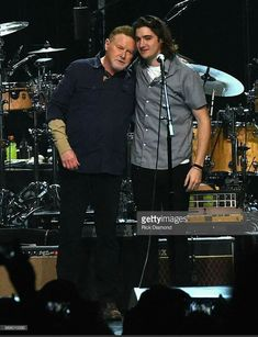 Don Henley and Deacon Frey (Glenn's son who joined the Eagles for a 2017 hour). Eagles Music, Eagles Lyrics, Eagles Band, Great Bands, Cool Bands, Eagles Tickets, Eagles Take It Easy, History Of The Eagles, Glen Frey