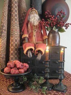 Primitive Christmas - love everything about this Primitive Christmas Decorating, Primitive Country Christmas, Primitive Santa, Prim Christmas, Antique Christmas, Father Christmas, All Things Christmas, Winter Christmas, Christmas Crafts