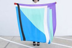 38 Eccentric Scarf Designs - From Breakfast-Inspired Scarves to Punchy Geometric Shawls (TOPLIST)