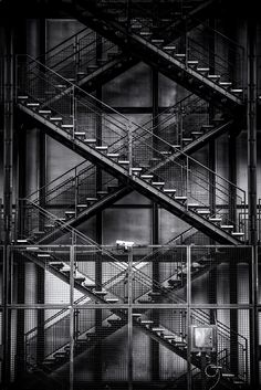 Centre Georges Pompidou in Paris by Art of Thomas   on 500px
