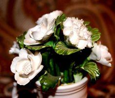 VINTAGE AYNSLEY HAND MODELED & PAINTED FINE BONE CHINA WHITE FLOWER BOUQUET