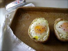 Fried Eggs in potatos