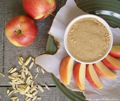 Baking with Blondie : Roasted Maple Almond Butter with Cinnamon