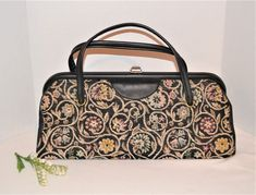 Louis Vuitton Speedy Bag, Country Family Photos, Vintage Closet, Tapestry, Vintage Butterfly, Vintage Box, Purses, Pretty, Casual