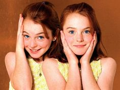 THE PARENT TRAP Lindsay Lohan- i used to love this movie so much! I thought Lindsay Lohan was the prettiest girl ever until all those terrible things she did as an adult… I wish she was still the adorable little redhead like she was in this movie Parent Trap, Movies Showing, Movies And Tv Shows, Movie Stars, Movie Tv, Good Old Times, Peyton List, Child Actors, Disney Stars