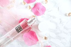 Découvrez les brumes parfumées pour le corps et le linge de chez Rituals. #brume #parfum #rituals #sakura #karma #lyon #home #interior #beauty #beauté