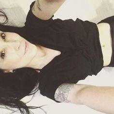 """www.bukowskigivesmelife.com/shop.html From @milenasgcoelho - """"Às vezes você levanta da cama de manhã e pensa: eu não vou conseguir; mas você ri por dentro lembrando de todas as vezes que se sentiu assim."""" (Charles Bukowski) #milenacoelho #bemfelicidade #blackhair #longhair #tattogirls #tattoo #inkedgirls #inkedup #tattoos #ilovetattoos #girlsinked #girlsinkedup #mulherestatuadas #instagirl #garotastatuadas #followher #buk #bukowskilovers #lerparaescrever #bukowski #charlesbukowski…"""