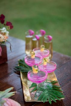 tropical cocktails for your Hawaii wedding