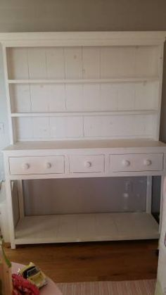 **Beautiful White Hutch** - $250 (roy) http://seattle.craigslist.org/tac/fuo/4895751225.html