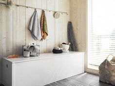 saunan pukuhuone - Google-haku Haku, Sauna, Entryway Bench, Villa, Cabin, Interiors, Google, Summer, House