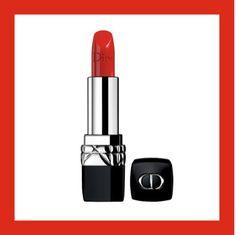 RÉVOLUTION ROUGE Diva incontestée de la couleur, au rayonnement intemporel et universel, star absolue du make-up, celui qu'on dégaine pour maquiller sa bouche : le rouge est partout et surtout sur les lèvres. Christian Dior Collection Rouge Dior.