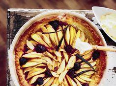 Fransk pæretærte med brombær