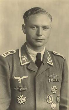 "A Luftwaffe Oberfeldwebel, WWI, ""Legion Condor"" and WWII veteran showing the Flieger-Erinnerungsabzeichen (Flyer's Commemorative Badge) in wear"