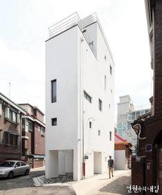 [BY 월간 전원속의 내집] 건축주의 내 집을 향한 열망은 땅의 크기와 비례하지 않았다. 건축가는 이 작은...