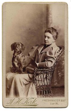 Century Portrait of a woman & her Dachshund Vintage Dachshund, Dachshund Love, Vintage Dog, Photos With Dog, Dog Pictures, Family Pictures, Shelter, Terrier, Weenie Dogs