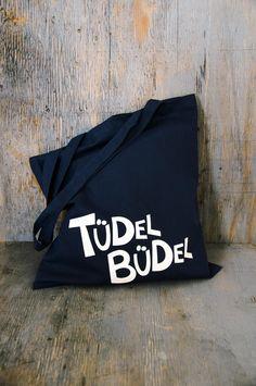 "Trendiger ""Tüdel Büdel""-Jutebeutel in dunkelblau /  Trendy tote bag in dark blue by Krabbenkopp via DaWanda.com"