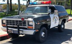 This 1982 Dodge Ramcharger is a former California Highway Patrol vehicle and it has had a lot of maintenance done recently. Have any of you owned a former police vehicle? Dodge Trucks, Pickup Trucks, Police Cars, Police Officer, Police Vehicles, Fbi Car, Armadura Ninja, Goodyear Wrangler, Dodge Ramcharger