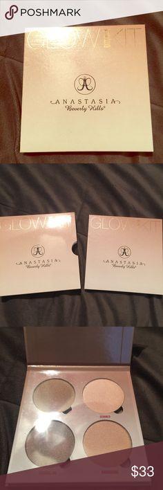 "🎀Glow Kit""Sun Dipped""by Anastasia Beverly Hills🎀 🎀Brand new glow kit by Anastasia Beverly Hills. This one is Sun Dipped🎀 Anastasia Beverly Hills Makeup Luminizer"