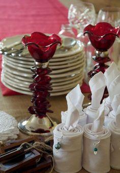 2013 Christmas napkin fold, Christmas earing napkins folding, 2013 Christmas table decor