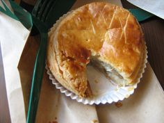 Chicken and mushroom pie - Starbucks Hong kong