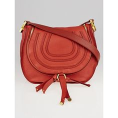 Pre-owned Chloe Pink Pebbled Leather Medium Marcie Zip Crossbody Bag ($675) ❤ liked on Polyvore featuring bags, handbags, shoulder bags, bow purse, red handbags, pink crossbody, red shoulder bag and pink bow purse